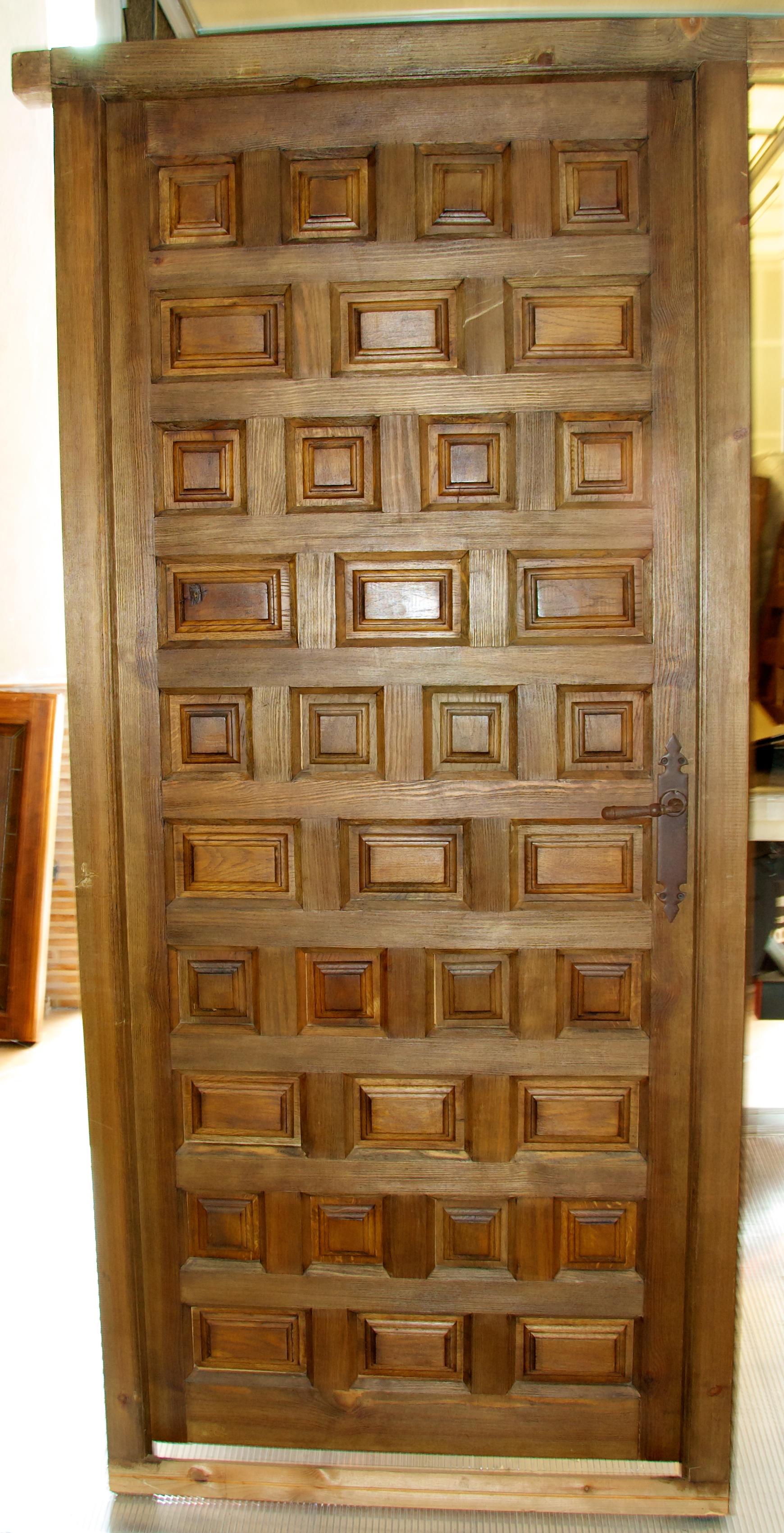 Port n y puertas de madera privatsale for Descripcion de puertas de madera